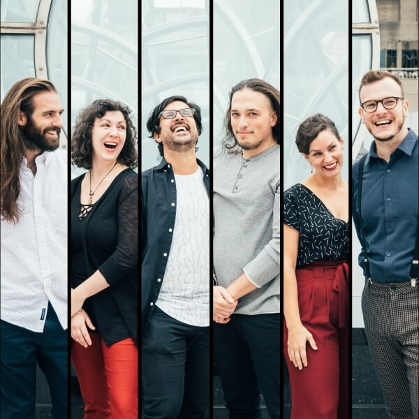 Photo of the members of Ensemble Paramirabo